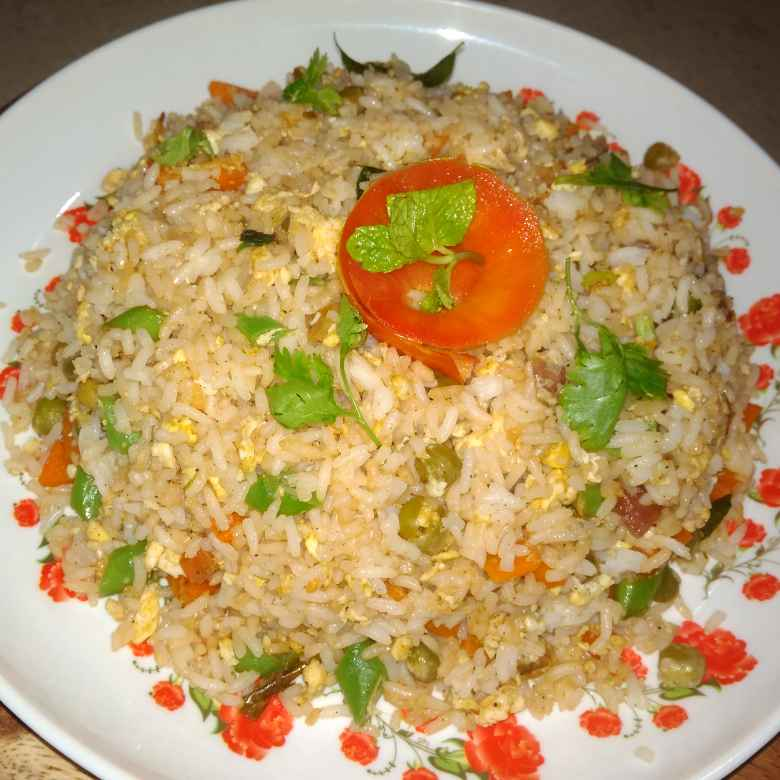 Photo of Vegetable egg fried rice by Gadige Maheswari at BetterButter