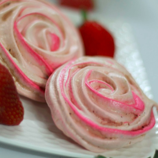 How to make Strawberry  Rose Meringues