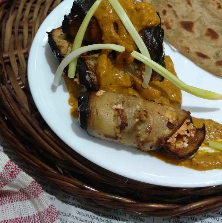 How to make Brinjal paneer wrap in makhani gravy