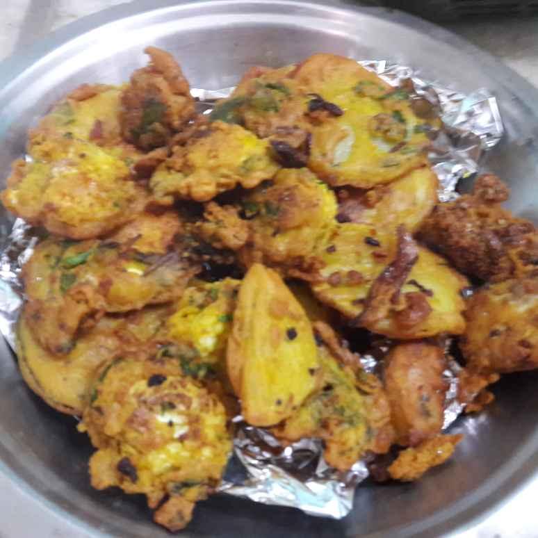 How to make Potato Pakoras