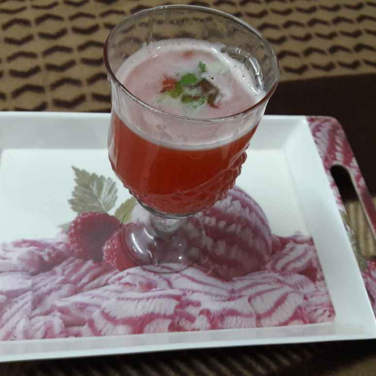 Photo of Carrot & tomato juice by Geeta Khurana at BetterButter