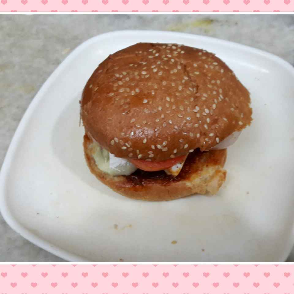 How to make Cheese Burger.