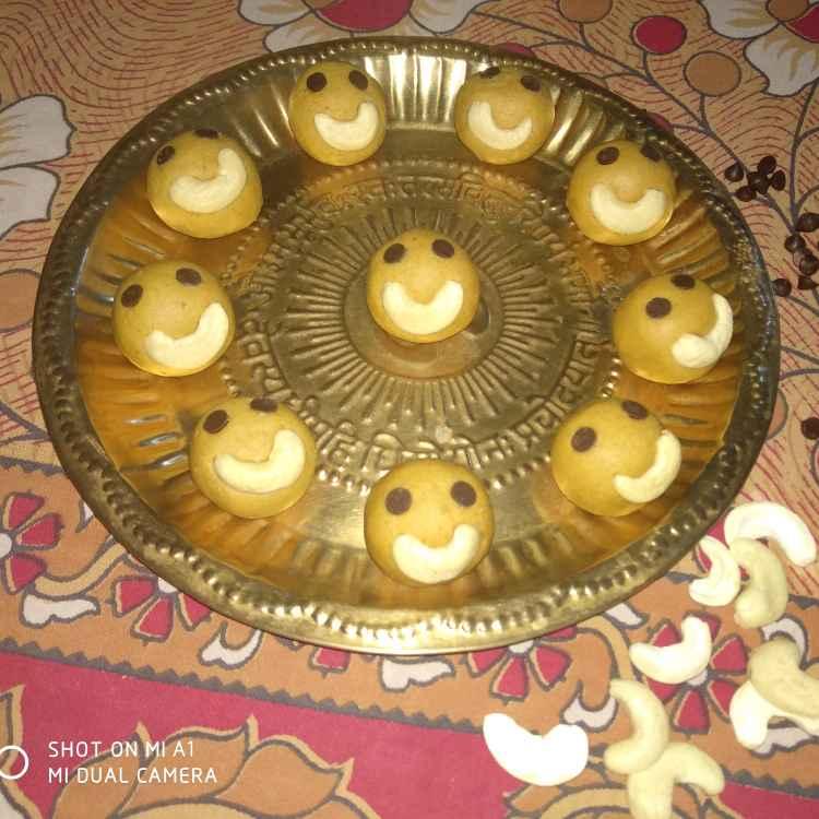 Photo of Smile besan ladu by Geeta Koshti at BetterButter