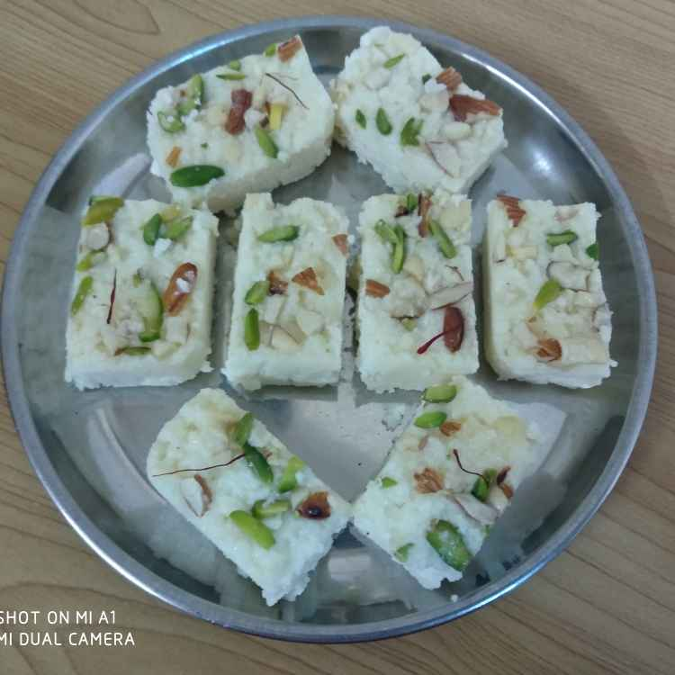 Photo of Naslelya dudhachi barfi by Geeta Koshti at BetterButter