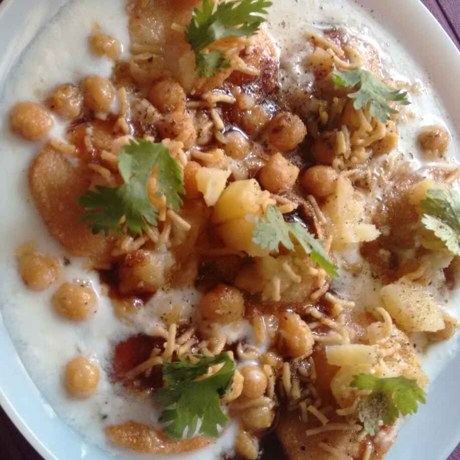 Photo of Papdi chaat by Geeta Sachdev at BetterButter