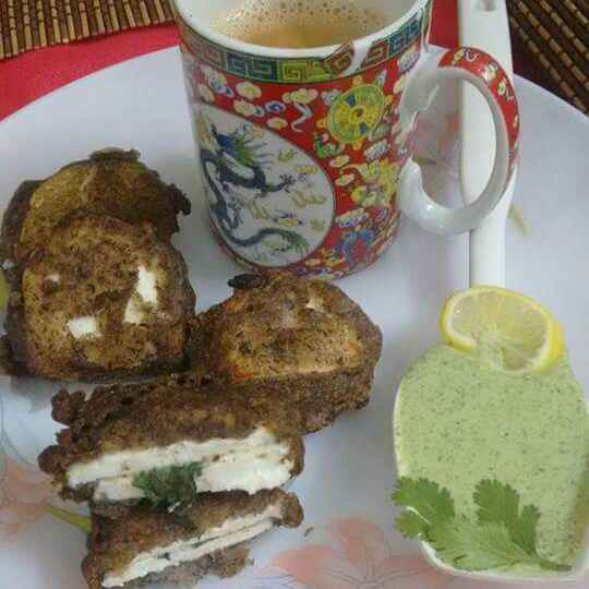 How to make PANEER PAKORA WITH MINT FILLING