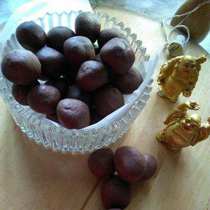 Photo of Choclate bolls by Geeta Sachdev at BetterButter