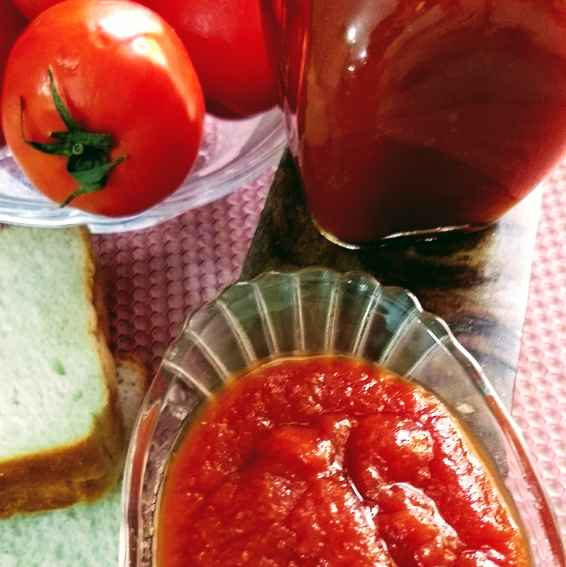 Photo of Tomato Ketchup /Sauce by Geeta Sachdev at BetterButter