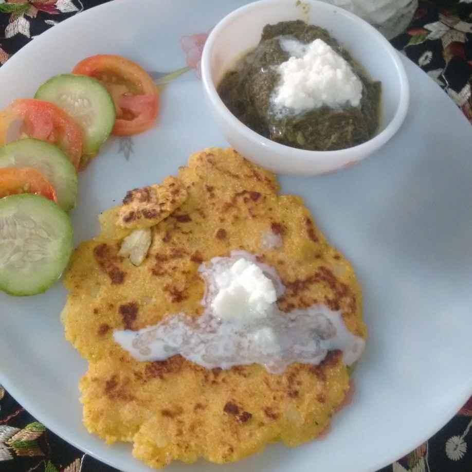 Photo of Makki ki roti makkhan aur sag ke sath by Geeta Sachdev at BetterButter