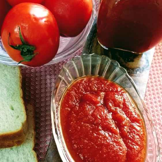 Photo of Tomato sauce by Geeta Sachdev at BetterButter