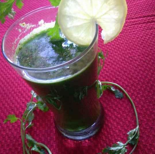 Photo of Hari pattedar sabjiyon ka juice by Geeta Sachdev at BetterButter