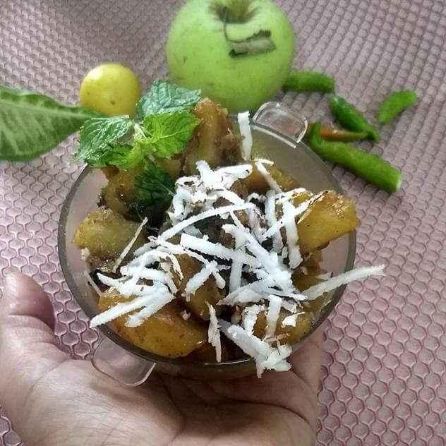 Photo of Khatti mithi mint apple sabji by Geeta Sachdev at BetterButter