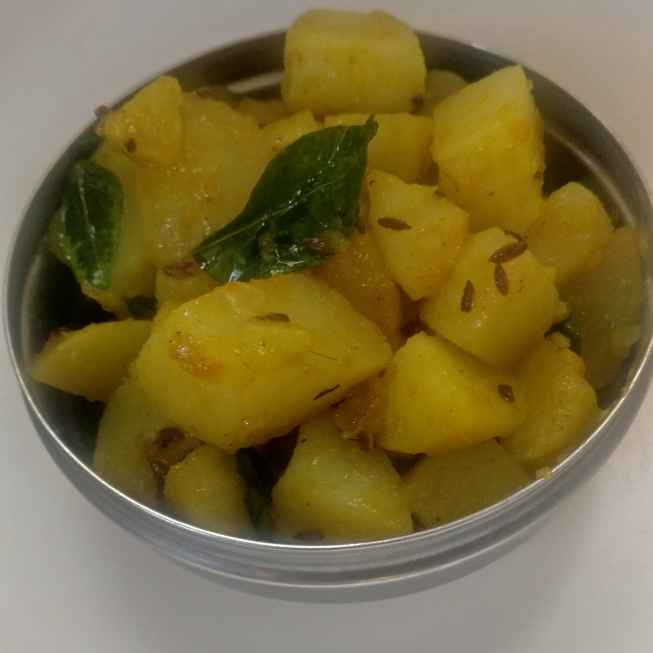How to make Curry leaves aloo