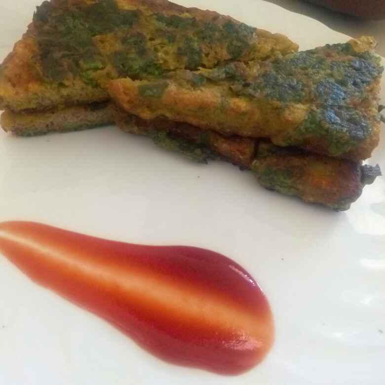 Photo of Palak Paneer Bread Pakoda by Geetanjali Kolvekar Saini at BetterButter