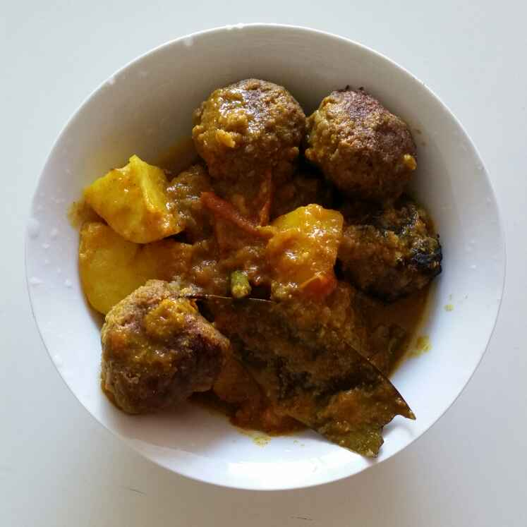 How to make Raw banana kofta curry