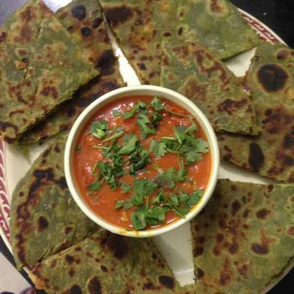 How to make SPINACH PARATHA WITH TOMATO CHUTNEY