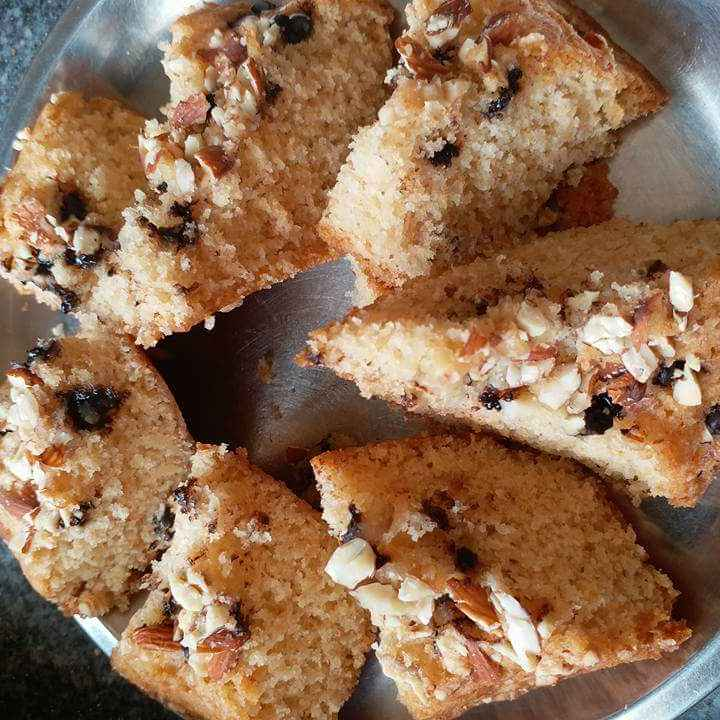 How to make Almond cake
