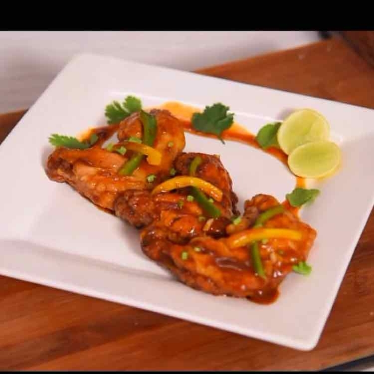 How to make Chicken wings in Buffalo sauce