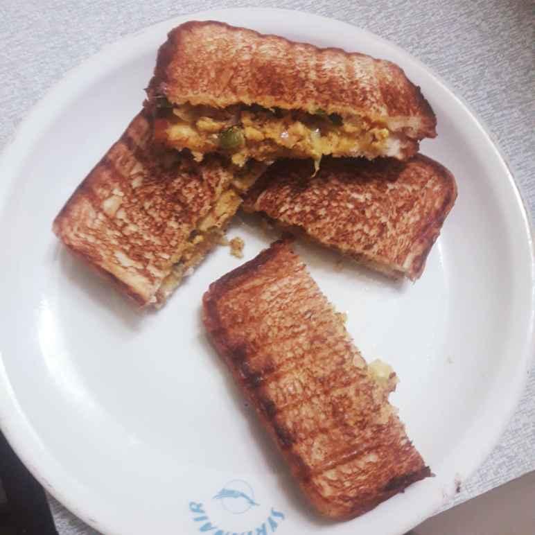 Photo of Egg podimas sandwich by hajirasheed haroon at BetterButter