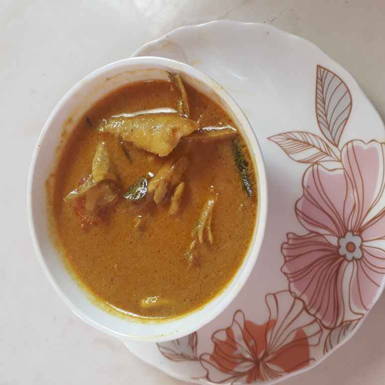 Photo of Anchovy fish curry by Hasina Hussain at BetterButter