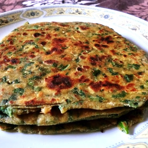 How to make paratha with green leaves