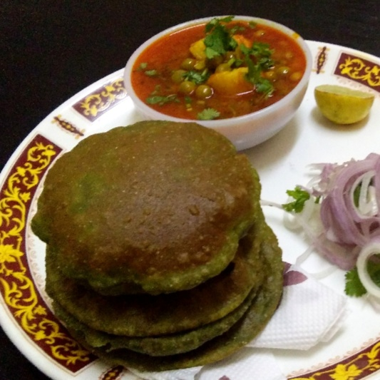 How to make bathue ki poori