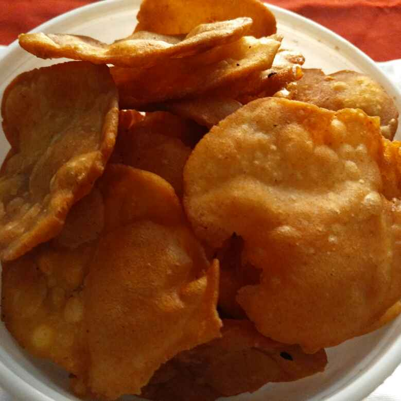 Photo of Thattai  - A South Indian Crispy Snack by Hema Shakthi at BetterButter