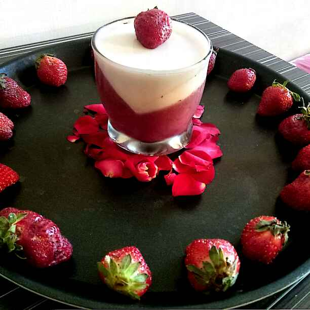 Photo of Strawberry panna cotta by Hetal Sevalia at BetterButter