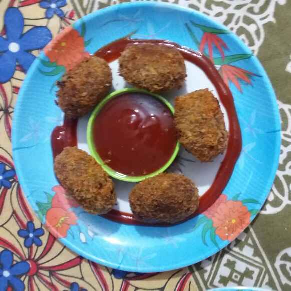 Photo of left over vej.roti cutlet by Hiral Pandya Shukla at BetterButter
