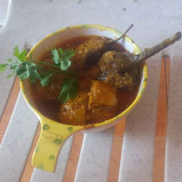 Photo of eggplant with potatoes by Hiral Pandya Shukla at BetterButter