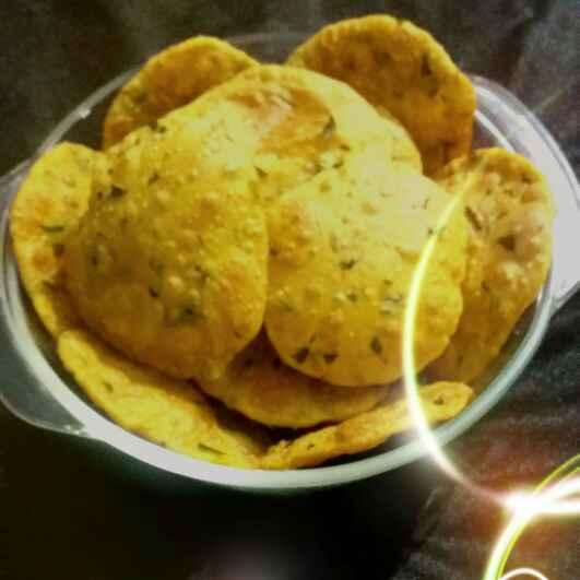 Photo of methi puri by Hiral Pandya Shukla at BetterButter