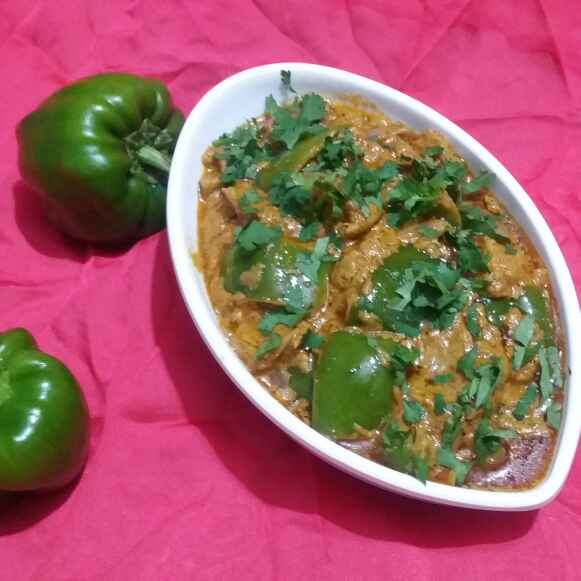 Photo of capsicum Masala curry by Hiral Pandya Shukla at BetterButter
