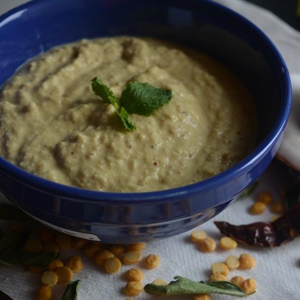 How to make Coconut & Roasted Chana Dal Chutney Recipe