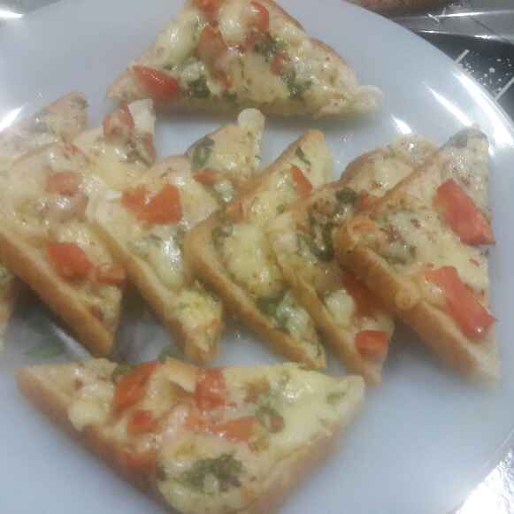 How to make Chilli Cheese Toast
