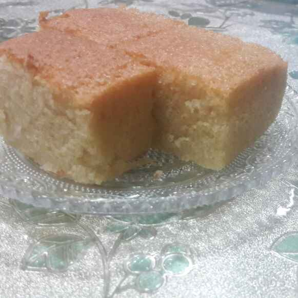 Photo of Basic soft vanilla sponge cake by Huda Mulla at BetterButter