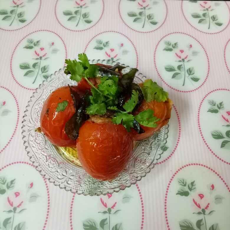How to make Bharvaan tomatoes