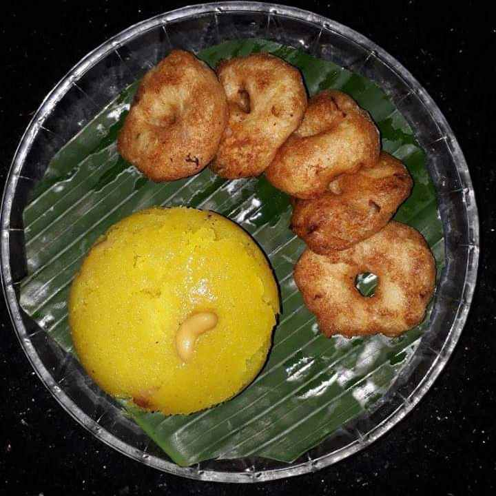 Photo of Sooji kesari, uraddal vada by Ilavarasi Vetri Venthan at BetterButter