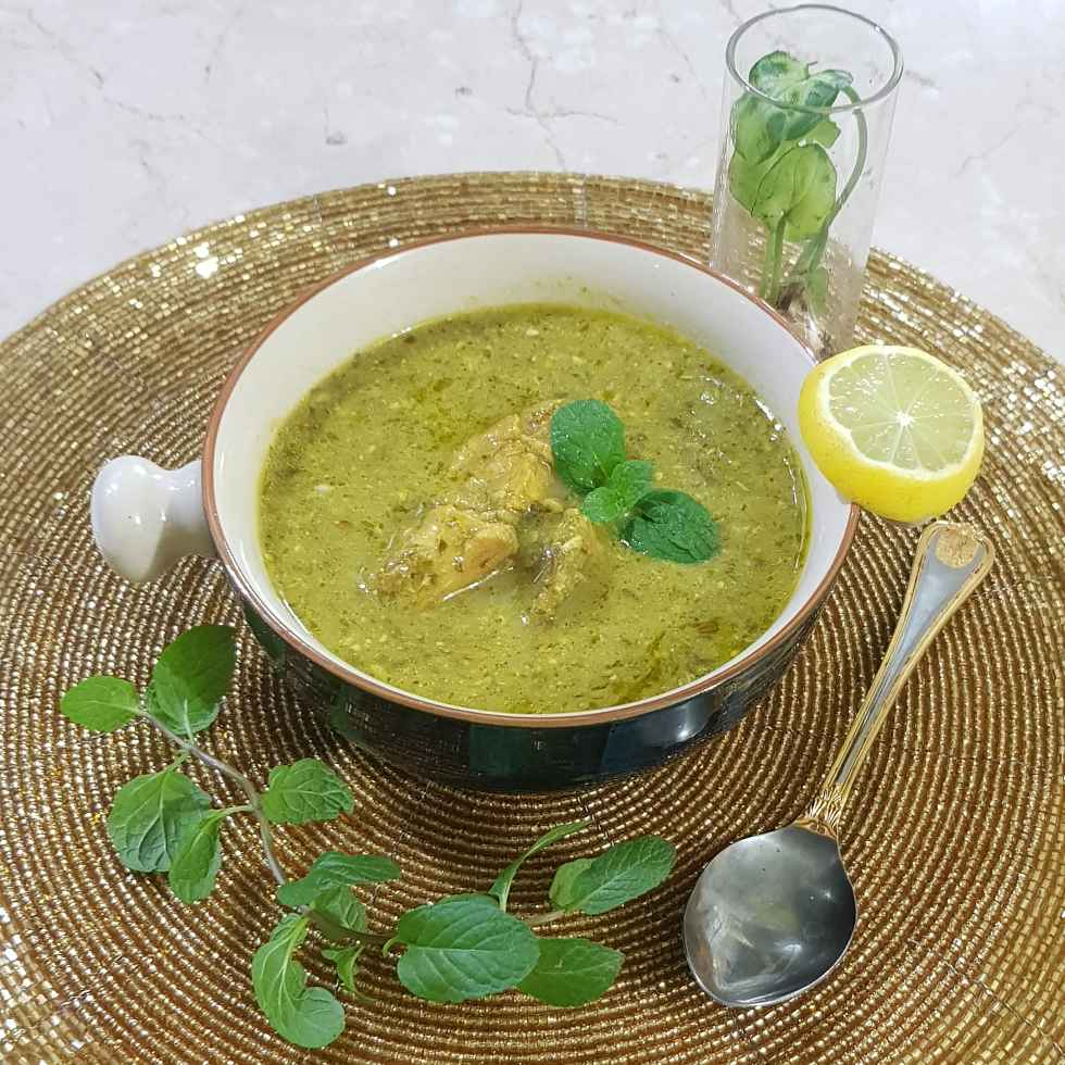 Photo of Green Chicken Curry by Insiya Kagalwala at BetterButter