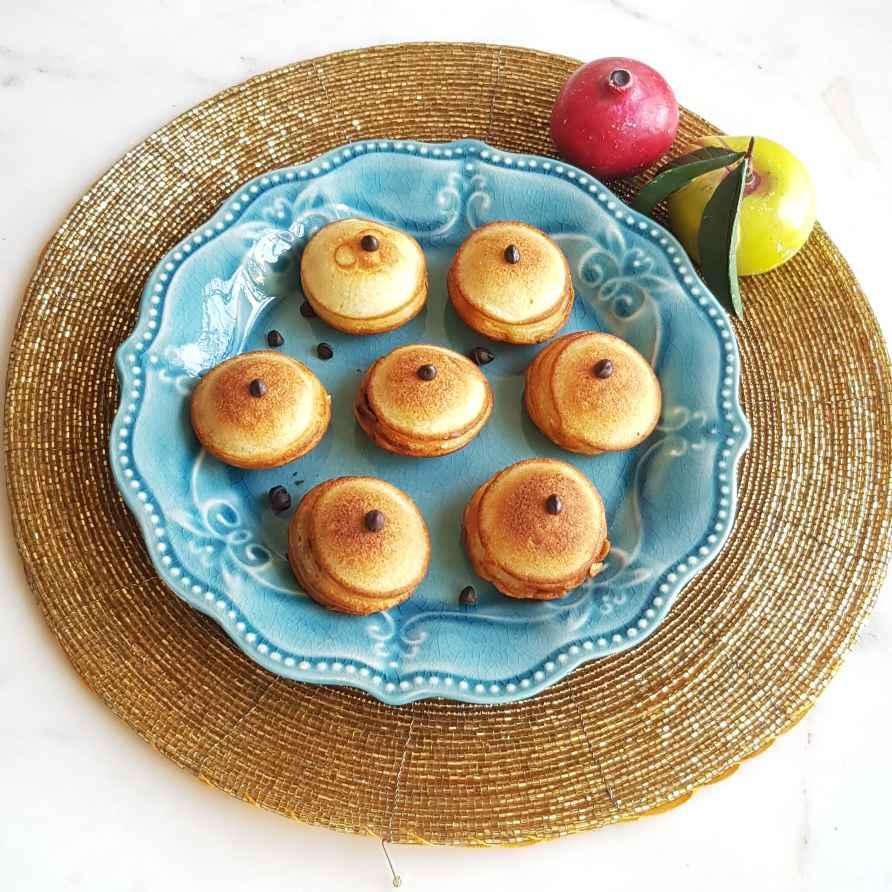 How to make Poffertjez-Mini Dutch Pancakes