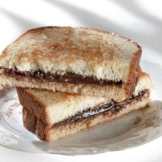 How to make Grilled Nutella Banana Sandwich