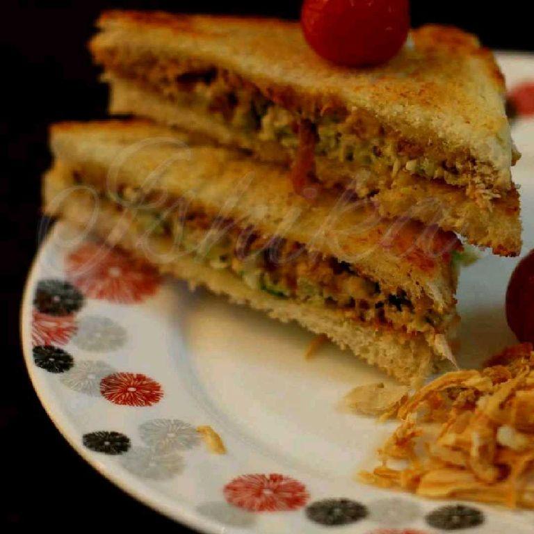 How to make Bachi hui daal ke sandwich