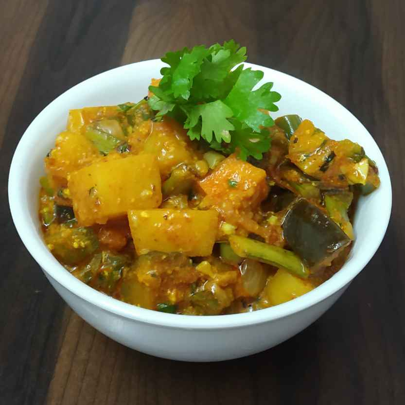 Photo of Mixed Vegetable Curry in Dhaba Style by Jaideep Singh (Jai Ki Rasoi Se) at BetterButter