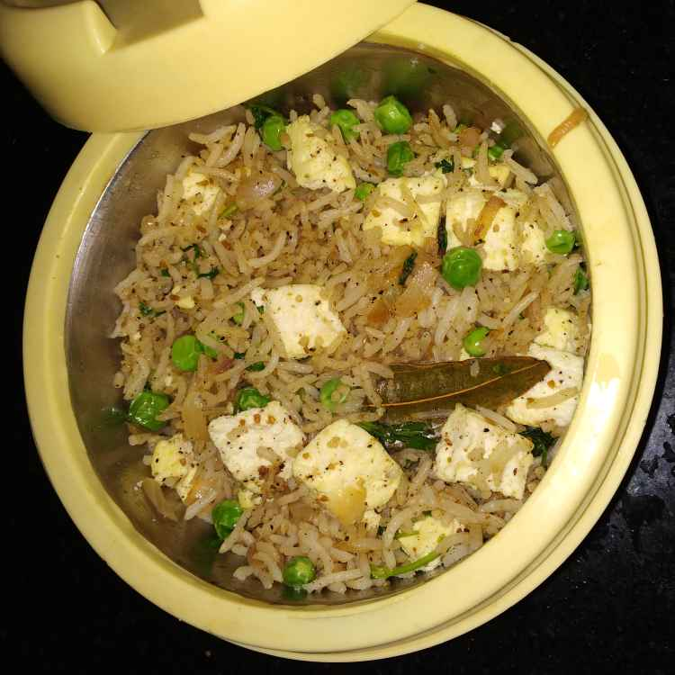 Photo of Green peas and paneer pulao by jassi aarif at BetterButter
