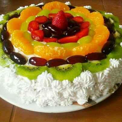How to make Eggless fresh cream fruit cake