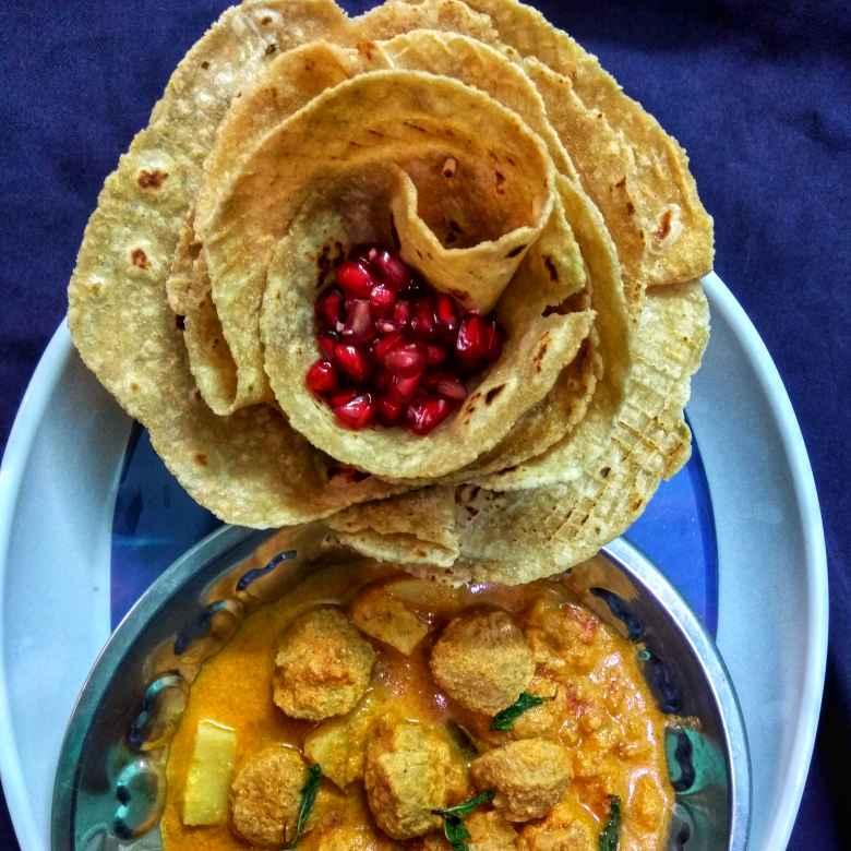 Photo of Chapathi, Potato and Soya Kuruma by Jayasakthi Ekambaram at BetterButter