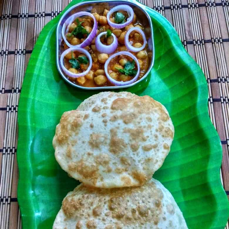 Photo of Delhi street Food ( Chole Bhature) by Jayasakthi Ekambaram at BetterButter