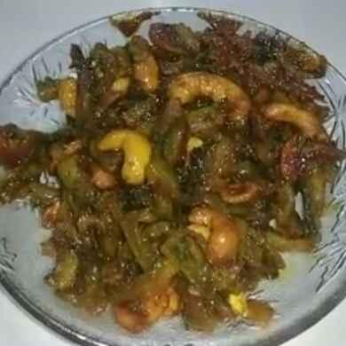 How to make कारले-काजू ची भाजी