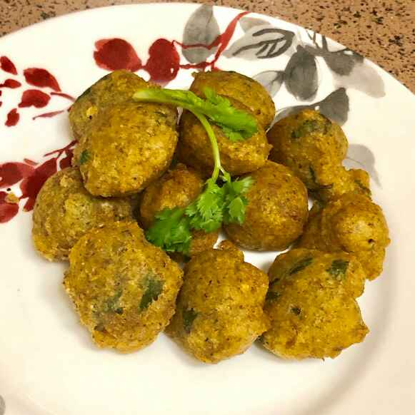 Photo of Mix daal vada by Jenice Martin at BetterButter