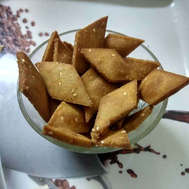 How to make गुड़ पारे।