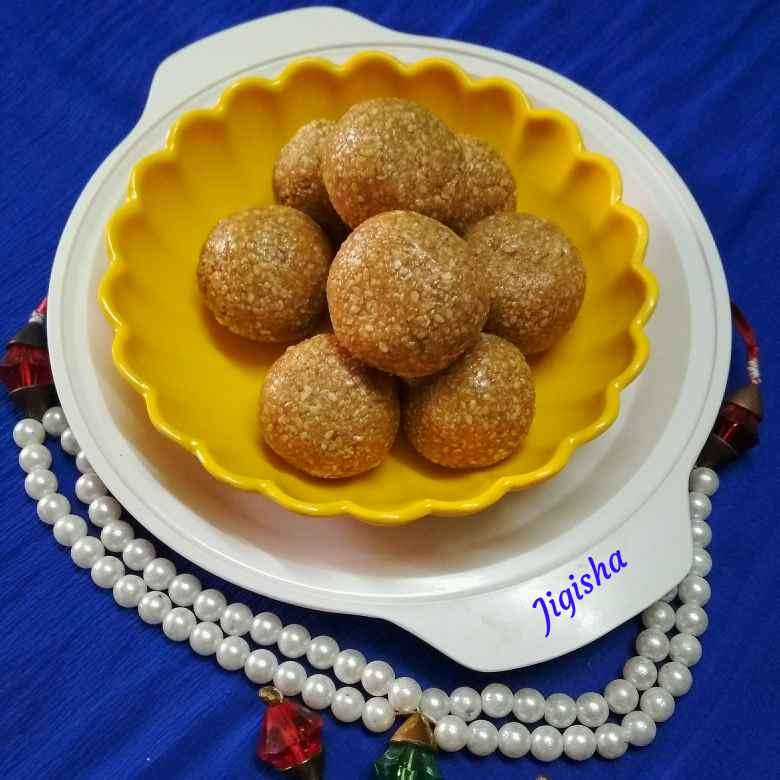 Photo of Til aur gud ke laddu by Jigisha Jayshree at BetterButter